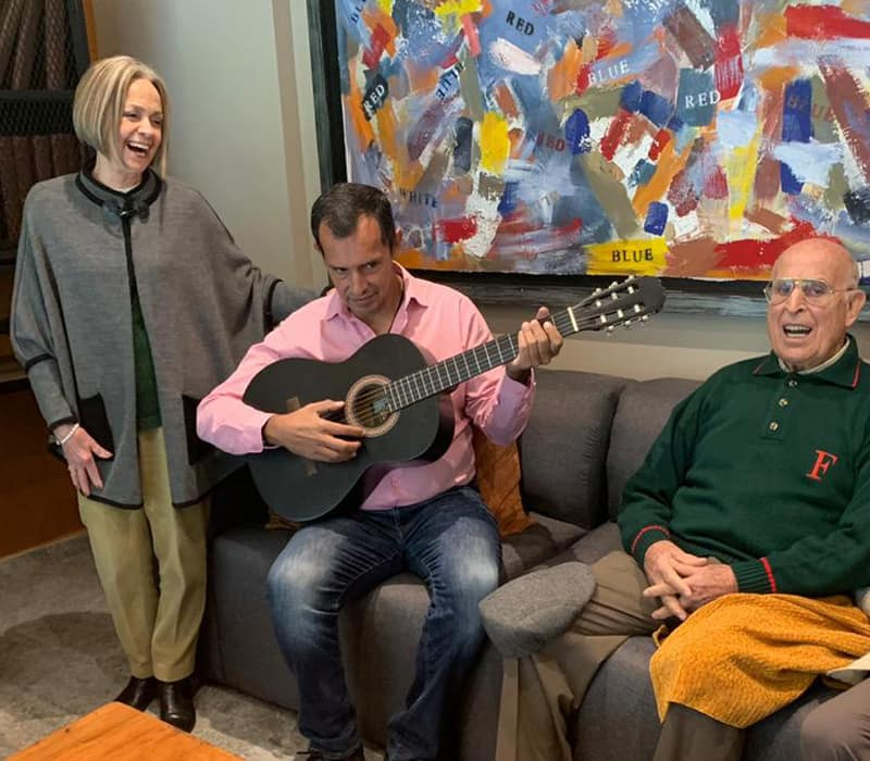 caluce actividades Actividades de Entretenimiento tarde de Cine Musicoterapia Club de Ajedrez